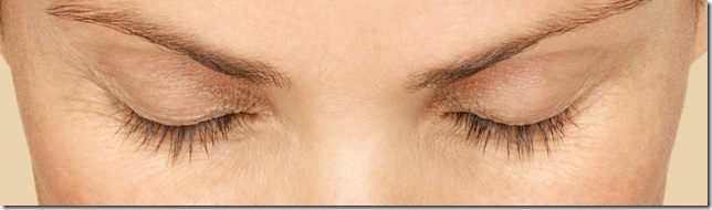 Martina's results showing eyes with eyelashes 0 weeks after Latisse application